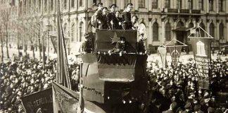 Revolutionaries on a platform in Russia, 1917