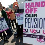 UK lecturers strike