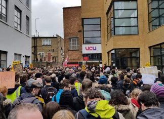 Solidarity with university strike
