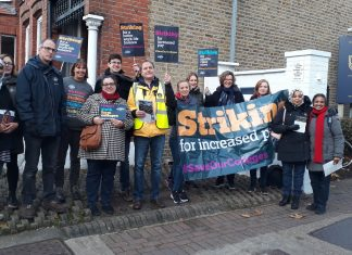 NEU members taking part in the 6th form colleges strike on 20th November 2019