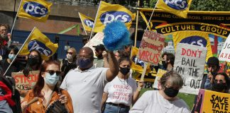 Tate protesters opposing redundancies