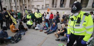 Police Trafalgar square