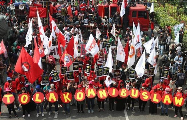 Photo: Indonesian workers protesting against the Omnibus Law. Keywords: Omnibus law Indonesia protest protests strike strikes