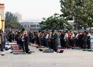 Worshipers in Kashgar, Xinjiang. Keywords: Xinjiang China Muslims Uighers Uyghers oppression