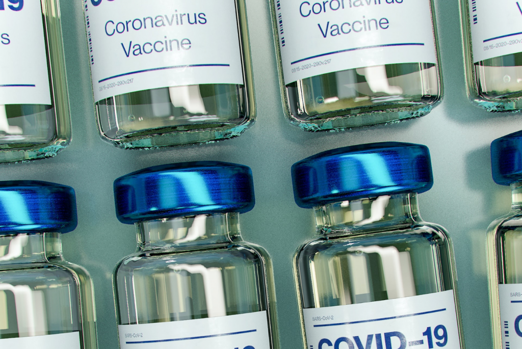 Mock-up of Covid-19 vaccine bottles. Photo: Daniel Schludi / Unsplash