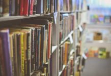 Books in a school library. Keywords: school closures closed NEU National Education Union strike